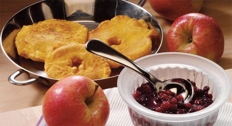 Apfelküchle im Bierteig